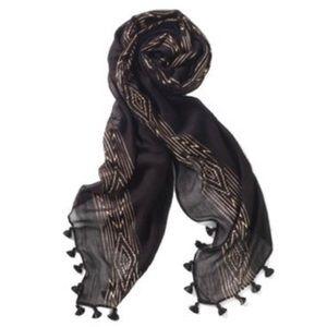 Brand new Stella & Dot Westwood scarf 🖤